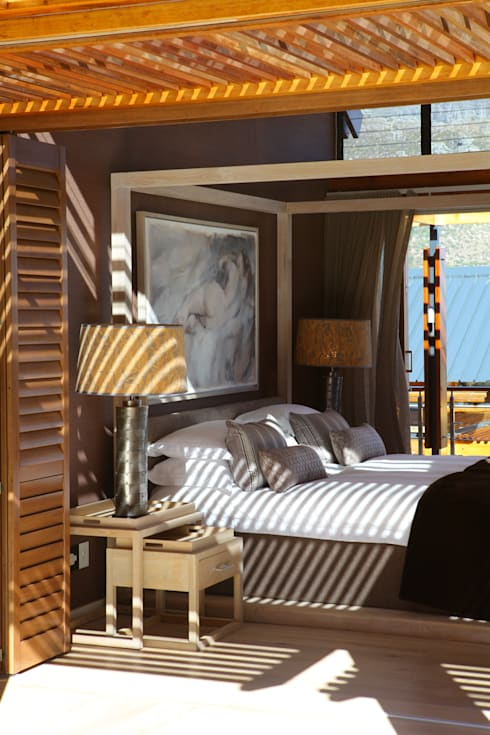Hout Bay House : modern Bedroom by M&M Designs
