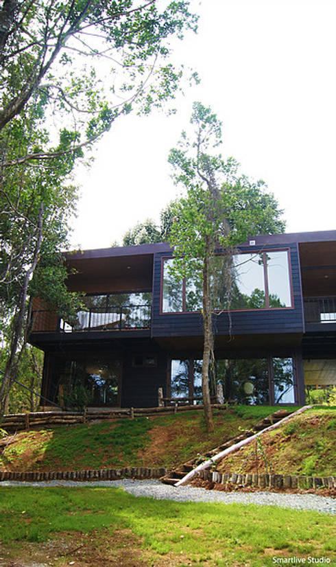 Casa R / Valdivia: Casas de estilo  por Smartlive Studio