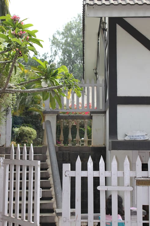 A Sneak peek into the  Private Garden: scandinavian Houses by Vishwanath And Associates