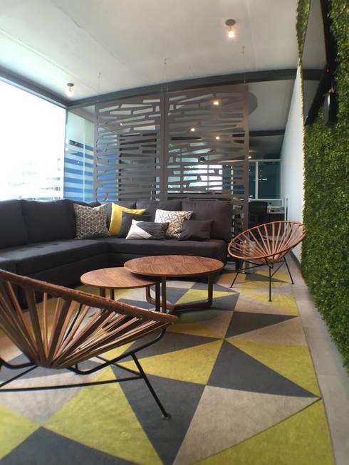 Oficinas y tiendas de estilo  por Lasso Design Studio