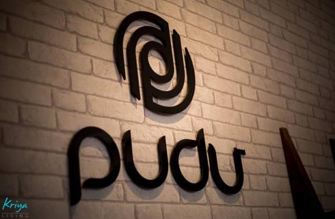 Pudu—Retail store, Safina Plaza, Bengaluru:  Shopping Centres by KRIYA LIVING