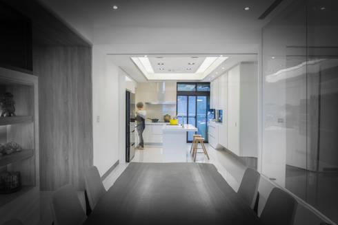【整體規畫概念】:  室內景觀 by 衍相室內裝修設計有限公司