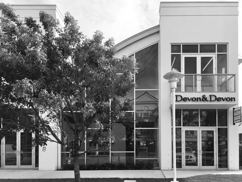 Offices & stores by Devon&Devon UK