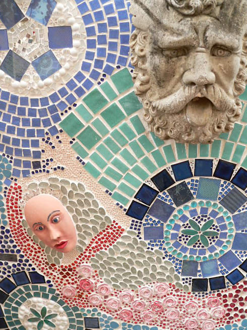 Mosaic Artwork on wall at fountain:   by SOJE Interior, Design and Decor PTY (Ltd)