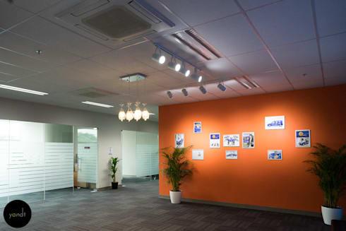 Entrance to office:  Offices & stores by Y&T Pte Ltd