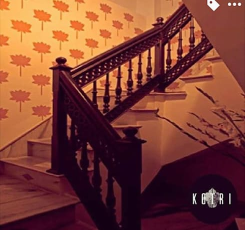 RUSTIC APPROACH:  Corridor & hallway by Devyani Kumari Lifestyle & Designs