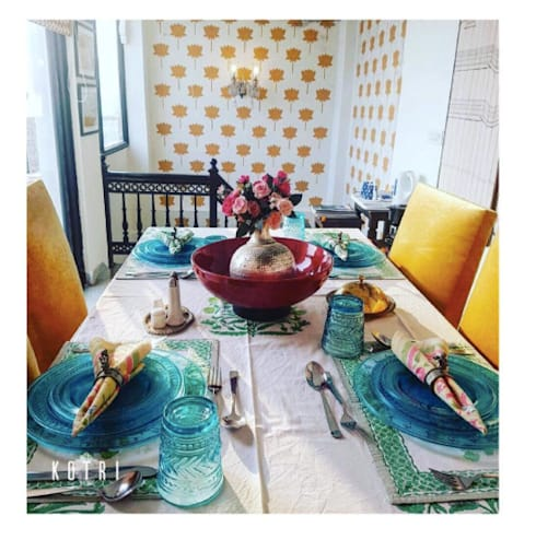 RUSTIC APPROACH: rustic Living room by Devyani Kumari Lifestyle & Designs