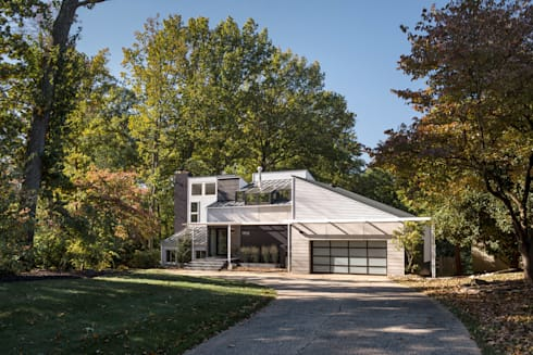 Cache House: modern Houses by KUBE Architecture