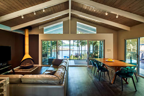 Lake House: modern Living room by KUBE Architecture
