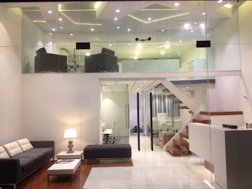 Office:  Office spaces & stores  by Inspire Interiors & Archcons India Pvt Ltd