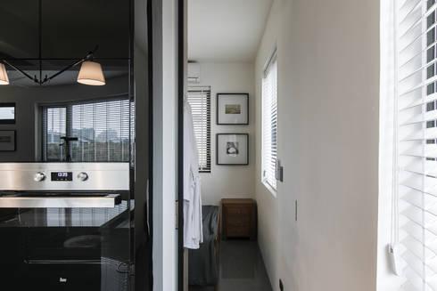 NATURALLY:  臥室 by 璞碩室內裝修設計工程有限公司