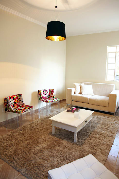 Sala: Sala de estar  por SIA Arquitetura e Urbanismo