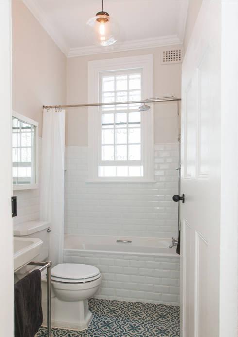 Bathroom: classic Bathroom by Trait Decor