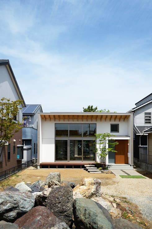 Rumah by スタジオグラッペリ 1級建築士事務所 / studio grappelli architecture office