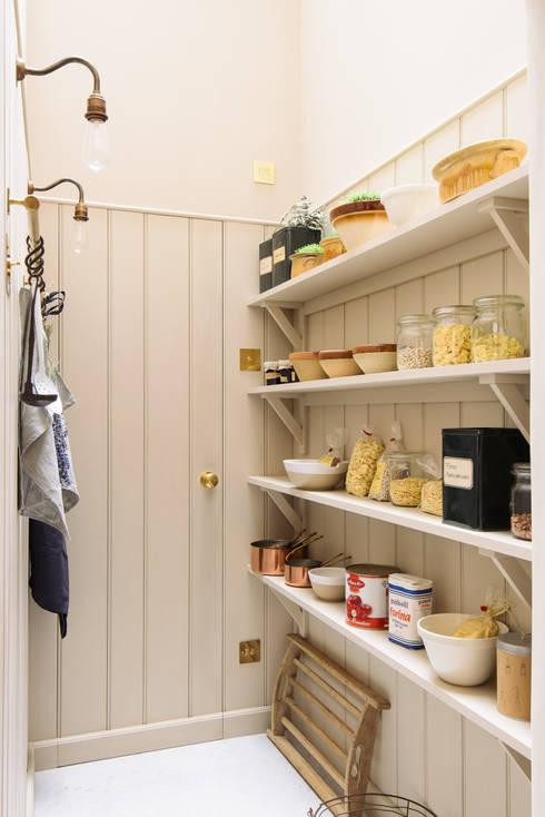 Кухня в . Автор – deVOL Kitchens