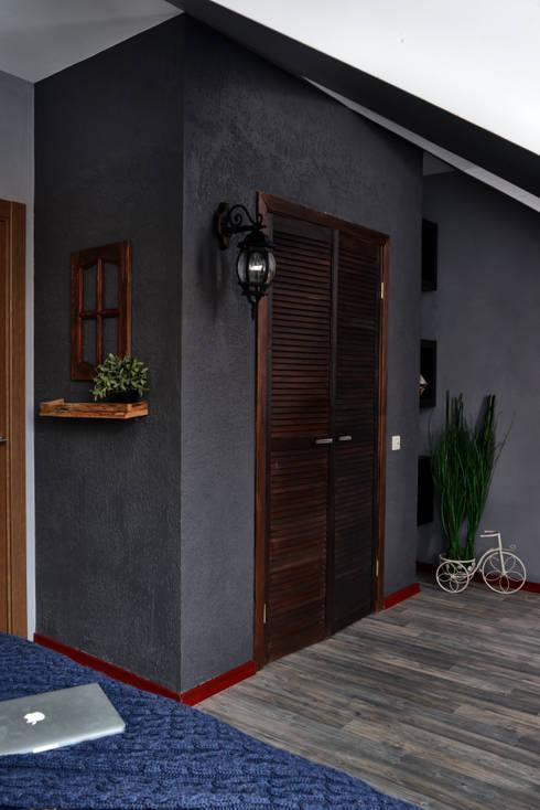 Habitaciones de estilo  por ДОМ СОЛНЦА
