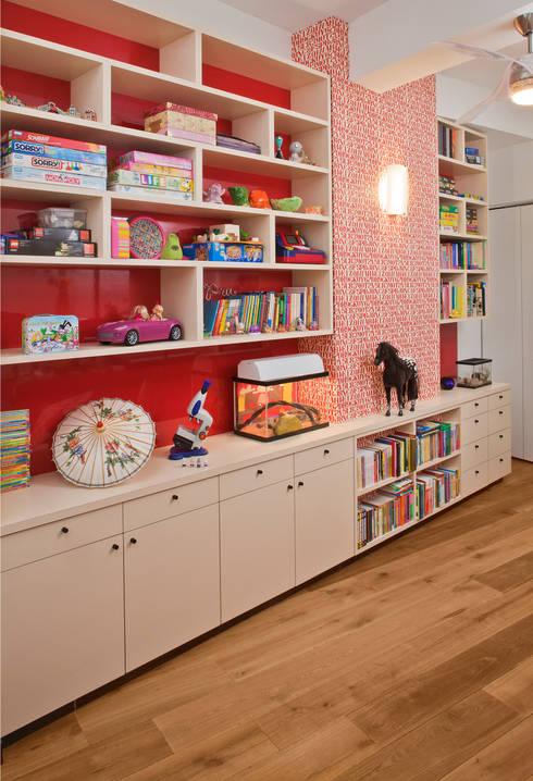 Nursery/kid's room by Eisner Design