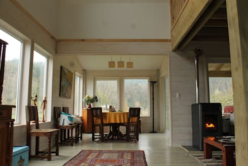 CASA STEHR: Comedores de estilo moderno por Kanda arquitectos