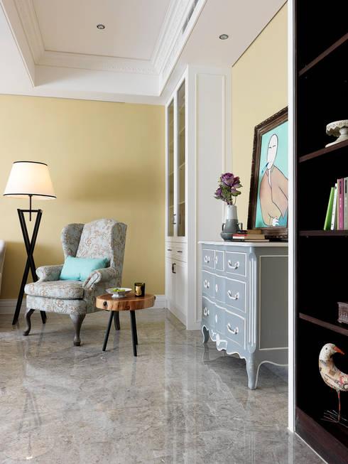 | L&C 住宅 |:  客廳 by 賀澤室內設計 HOZO_interior_design