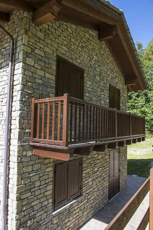 Baita la pietra da rivestimento per la tua casa in for Arredamento baita montagna