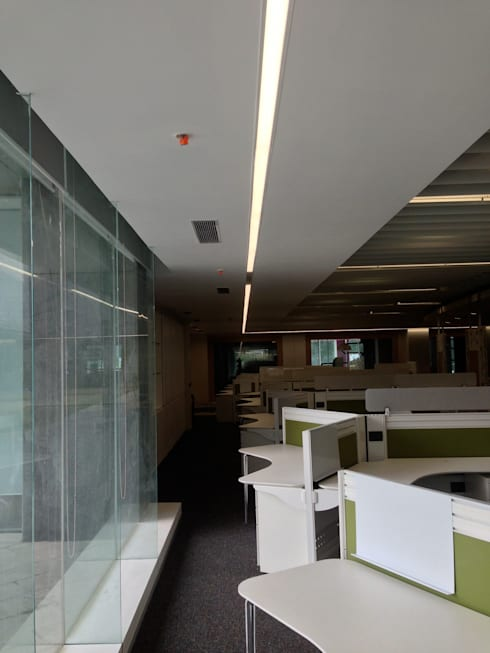 Corridor :  Commercial Spaces by Suकृति