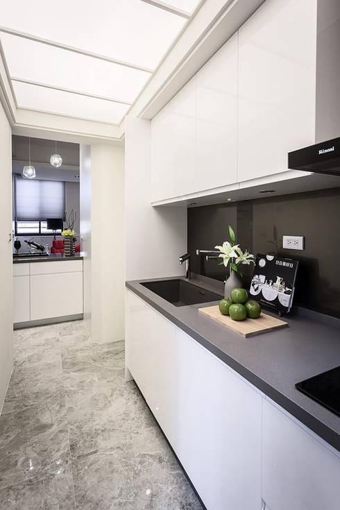 Projekty,  Kuchnia zaprojektowane przez 你你空間設計