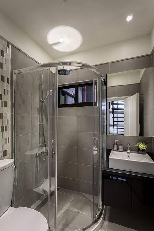 客浴室:  浴室 by 你你空間設計