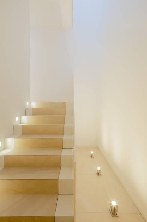 Gang en hal door Ferreira | Verfürth Architekten