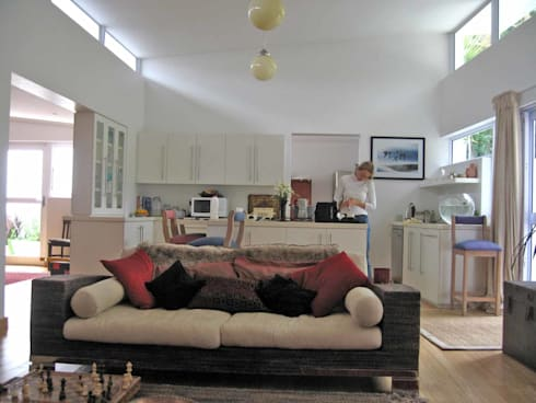 living room addition: eclectic Living room by Till Manecke:Architect