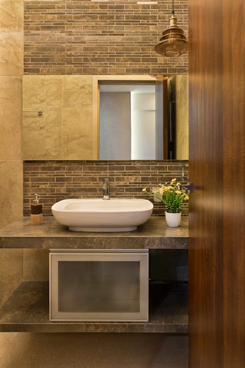 Washroom:  Bathroom by The design house