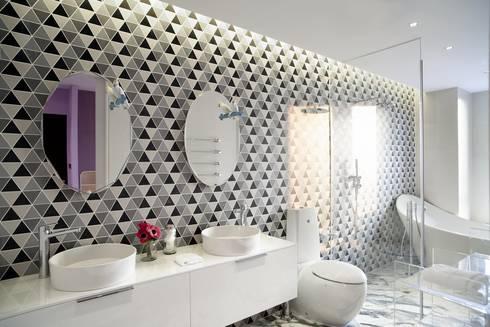 Master bathroom: modern Bathroom by Sergio Mannino Studio