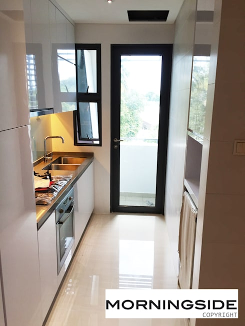 THOMSON ROAD PENTHOUSE CONDO UNIT: modern Kitchen by MORNINGSIDE PTE LTD