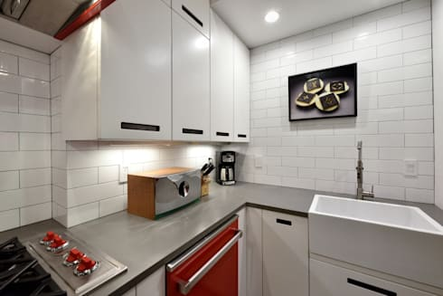 Renovation at 29 Tiffany : industrial Kitchen by KBR Design and Build