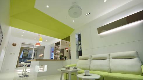 清新樂活舒適屋:  客廳 by 瓦悅設計有限公司