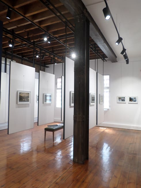 Photographic Gallery - Cape Town:  Commercial Spaces by Claire Cartner Interior Design