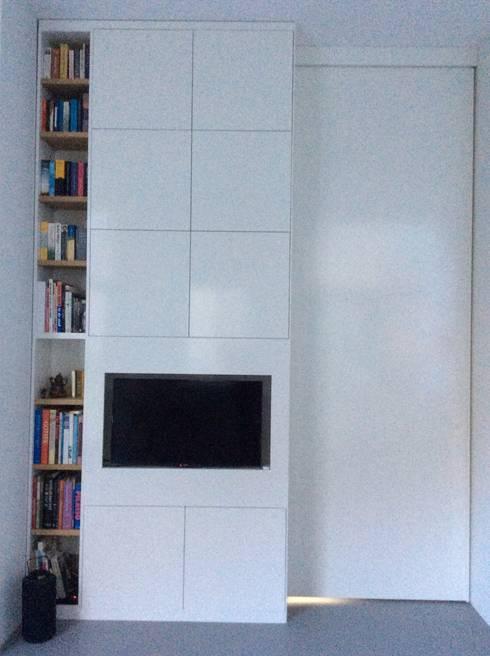 Oplossing voor verloren vierkante meters aan ganggebied in nieuw appartement von studio inside - Outs studio keuken ...