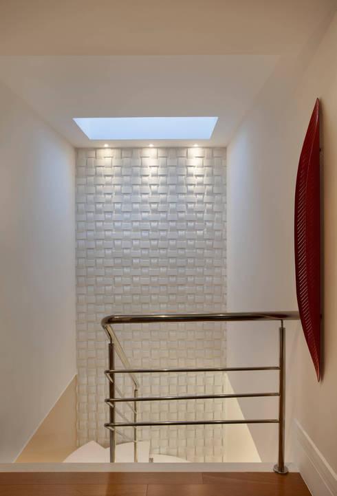 Koridor dan lorong by Virna Carvalho Arquiteta