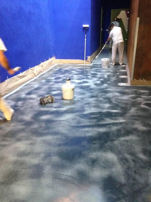 Pintura de suelos y garajes de pinturas cobalto sl homify - Pintura de suelo ...