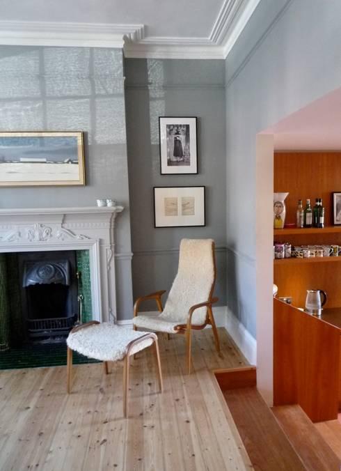 modern Living room by A2studio