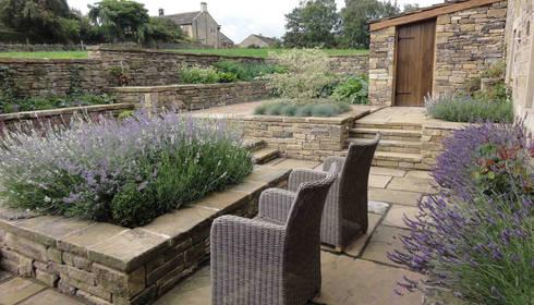 Terraços Por Caroline Benedict Smith Garden Design Cheshire