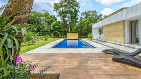 Casa de la Acacia – Sombra Natural: Terrazas de estilo  por David Macias Arquitectura & Urbanismo