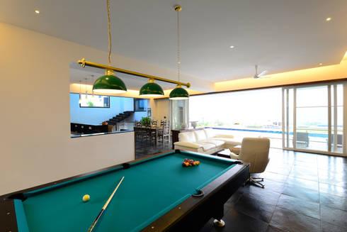 11 K-Waks: modern Living room by Studio K-7 Designs Pvt. Ltd