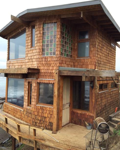 CASA INFIERNILLO: Casas de estilo  por BLAC arquitectos