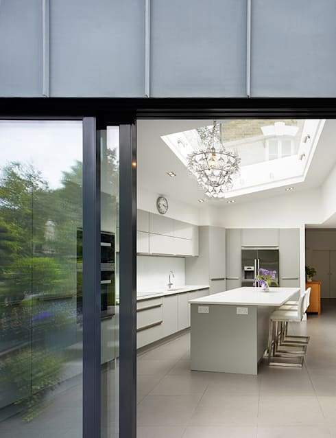 Kitchen by Andrew Mulroy Architects