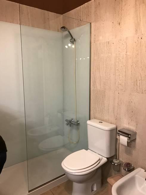 Depois:   por Poliwork - Remodelação de Casas de Banho