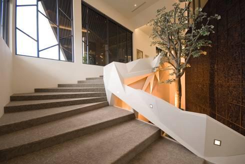 【情定西雅圖 接待中心】:   by 衍相室內裝修設計有限公司