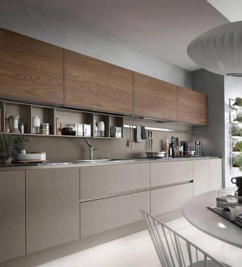 INTERIOR:  Kitchen by Midas Dezign