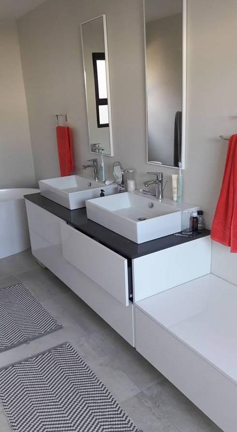 Projekty,  Łazienka zaprojektowane przez Big A Contractors