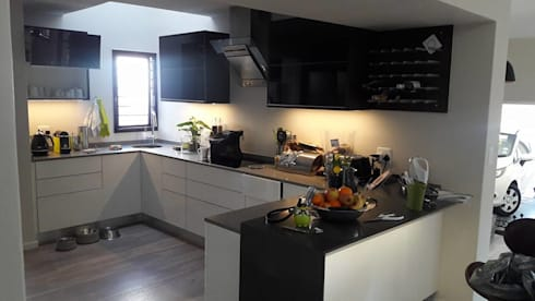 Diepenbrook residence renovation in Woodmead.: modern Kitchen by Big A Contractors