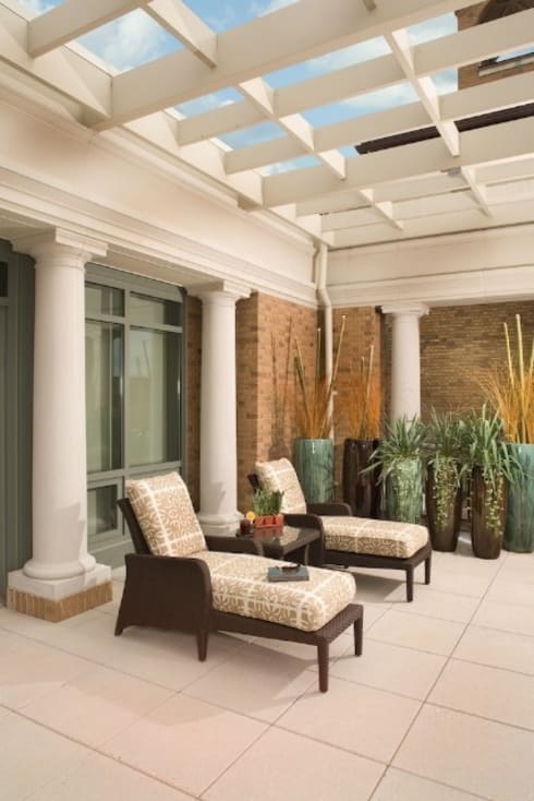 Penthouse Posh - Terrace Lounge:  Patios & Decks by Lorna Gross Interior Design